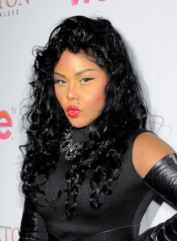 2013 Category  ENTERTAINMENT NEWS Tag  INSTAGRAM   LAWSUIT   LIL KIMLil Kim 2013